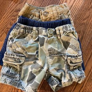 🛍3/$25 Bundle of three pairs of shorts 0-3 months